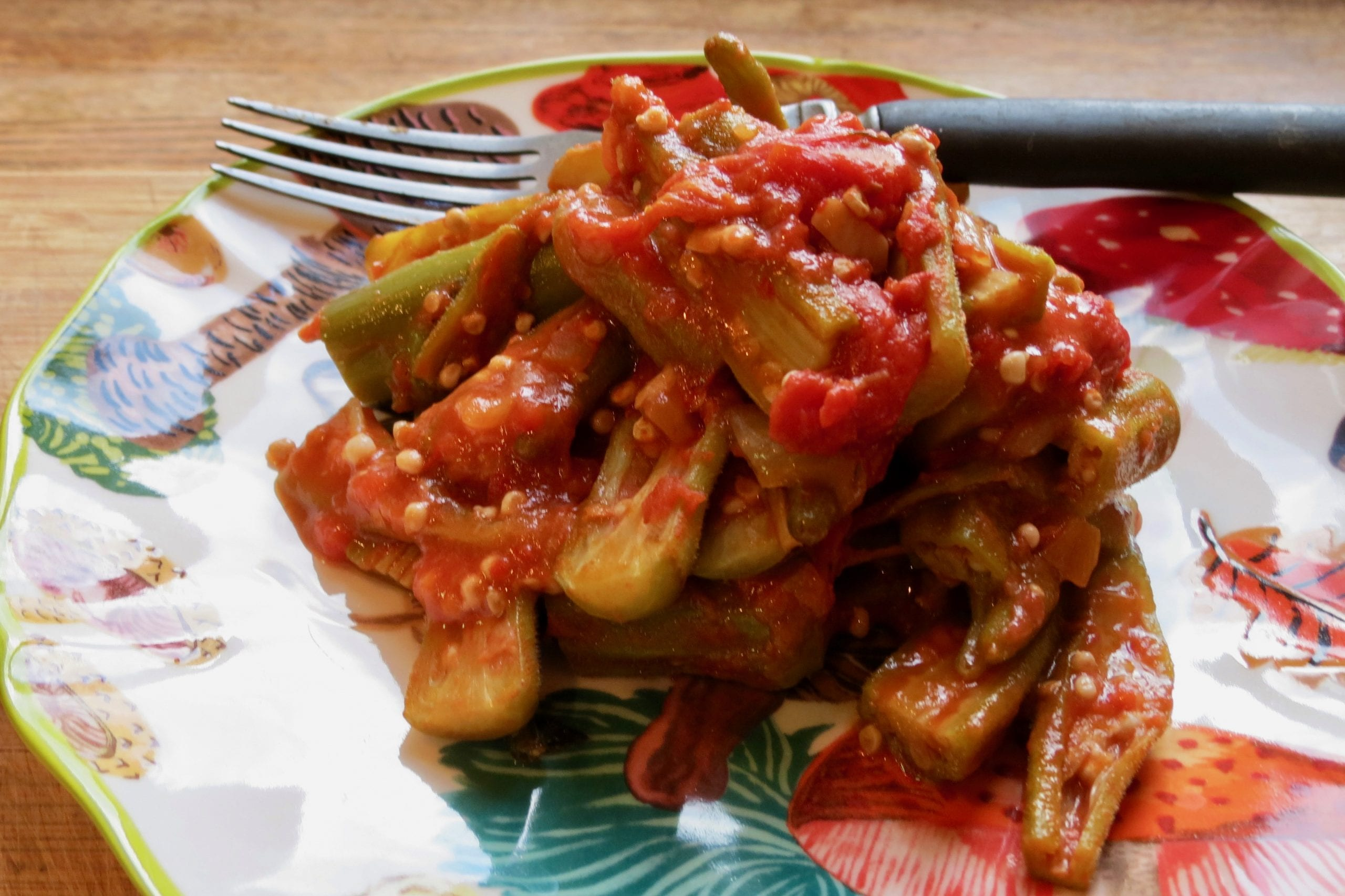 Okra and tomatoes meal